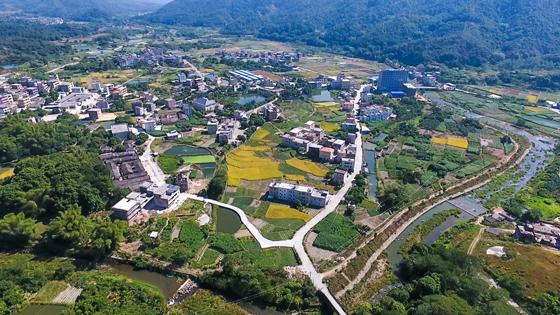 1 县域经济发展壮大中的广东省丰顺县乡村一景.jpg